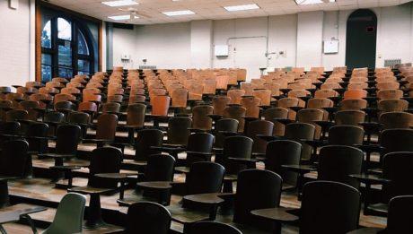 Abbandono scolastico in aumento