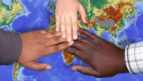 progetto percorsi - mani migrazione